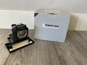 PANASONIC PT-LAE 1000 Projector Lamp with OEM Original Osram PVIP bulb inside