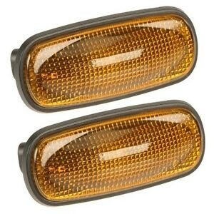 For Land Rover Discovery 4.0L 4.6L V8 Set of 2 Turn Signal Light Lamps XGB000030