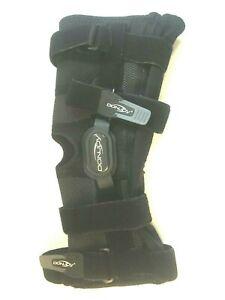 DonJoy Performance Bionic Fullstop Knee Brace w/ Steel Hinges Black Medium