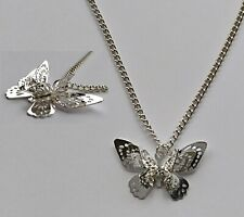 Chain Necklace #660 Filigree 3D layered BUTTERFLY 28mm x 18mm - Silver Tone