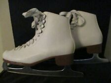 Riedell, Model 112W 15496, Sz. 6 . Chrome Blades, With Blade Protectors