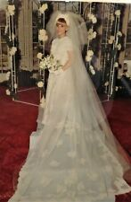 EXQUISITE 1968 PRISCELLA OF BOSTON IRISH LACE WEDDING GOWN HEIRLOOM SEALED