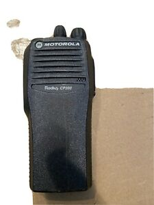 MOTOROLA RADIUS CP200 UHF R 4-CHANNEL TWO-WAY RADIO AAH50RDC9AA1AN 438-470MHz