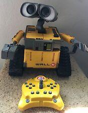 DISNEY PIXAR WALL-E THINKWAY TOYS Interactive Remote Control Robot W/ Controller