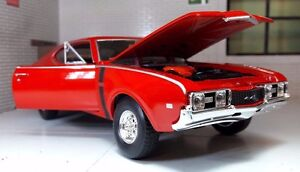 LGB 1:24 Scale Red 1968 Oldsmobile 442 4-4-2 Detailed Welly Diecast Model Car