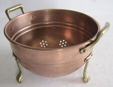 Colanders, Strainers & Sifters