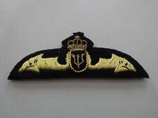 (a50-10) U-Boot conductor-insignia suecia mano bordados.