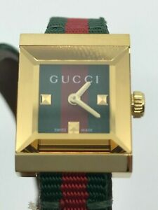 GUCCIG-Frame Red and Green Dial Ladies Watch YA128527