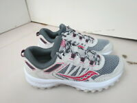 WOMENS SAUCONY VERSAFOAM EXCURSION TR13 GRAY BURGUNDY RUNNING SHOES SIZE 7M A265