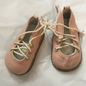 """Unique Leather Pink Shoes for a 26/"""" Doll S019"""