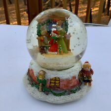 Christmas Eve Musical Snow Globe Plays Music I'm Dreaming of a white Christmas
