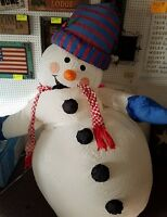 GIANT 8 FOOT LIGHTED INFLATABLE CHRISTMAS AIRBLOWN SNOWMAN YARD DECOR