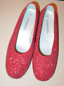 EXCELLENT PAIR OF RUBY GLITTERY SLIPPERS NOT EXACT LIKE WIZARD OF OZ NEVER WORN