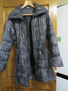 LADIES M & S WOMAN SIZE LARGE QUILTED COAT BLACK MIX   - HOUSE CLEARANCE