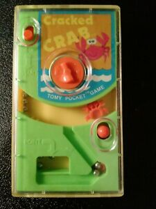 """Vintage 1978 Tomy Pocket """"Cracked Crab"""" Wind Up in played condition. #7040 WORKS"""