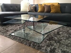 Twister Coffee Table (Glass)