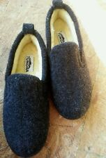 Tundra Men's Wool Blend Gray Slippers Shearling Lining- Sz 9