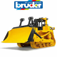 BRUDER LARGE 1:16 CATERPILLAR TRACK BULLDOZER w RIPPER SAND PIT GERMANY 2452
