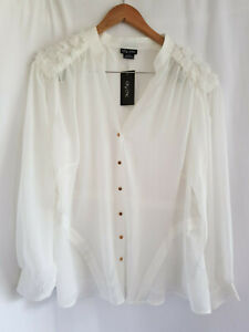 CITY CHIC, SMALL, BNWT, IVORY, SHEER ROSETTE TOP