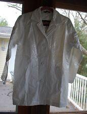 Totes~White Short 100% PVC Snake-print RainCoat~Size Petite Small (M/L)~NWOT