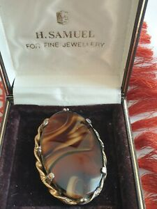 VINTAGE SIGNED MIRACLE JEWELERY AGATE BROOCH,very large,and beautiful