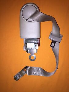 2002 Cadillac Deville DTS Right Rear Seat Belt Retractor Assembly, OEM, 25709726