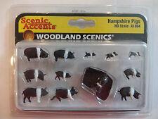Woodland Scenics Ho #1864 - Hampshire Pigs