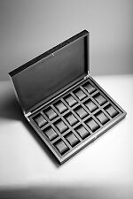 RAINER watch box for 18 watches made from solid wood! Brand new!