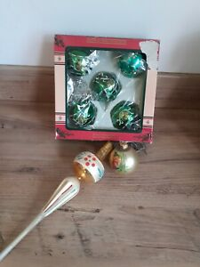 MIXED LOT OF VINTAGE GLASS BAUBLES