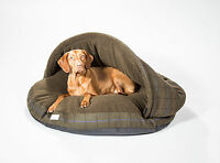 """Collared Creatures Dog Cave bed *cosy cave*   Green Check Xl 45"""" (1140mm)"""