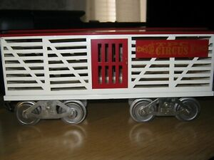 McCoy Standard gauge train TPC circus Stock car 256S