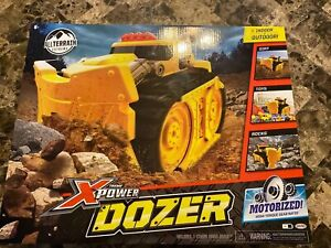Xtreme Power Dozer 96782 Motorized Toy Truck That Plows Through Dirt, Toys,