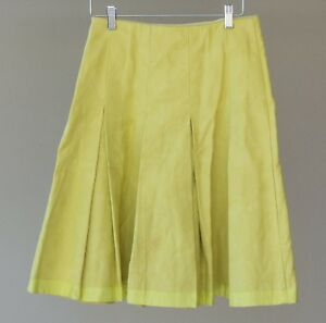CUE Near New citrus skirt - size 6