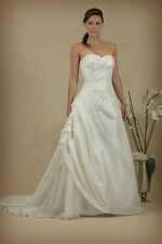 Stunning wedding dress by The House Of London size 16