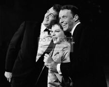 "FRANK SINATRA & DEAN MARTIN ON ""JUDY GARLAND SHOW"" SPECIAL - 8X10 PHOTO (AA-900)"