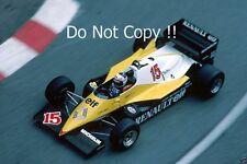 ALAIN PROST RENAULT RE40 Grand Prix de Monaco 1983 Photo 2
