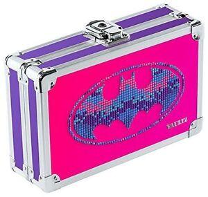 """NEW Vaultz Batman BATGIRL LOCKING Pencil Box W/KEY 5.5 x 8.25 x 2.5"""" VZ00878"""