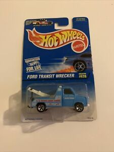 🔸HOT WHEELS,1996,Ford Transit Wrecker-Special Feature Moveable Hook,Rare!,MOC!