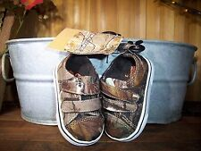 REALTREE TODDLERS ATHLETIC SHOES SIZE 2 KIDS CASUAL DRESS SHOES CAMOUFLAGE NEW