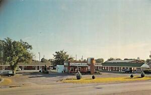 MONROE CITY, Missouri MO   BEL-AIR MOTEL  Roadside  VINTAGE   Chrome Postcard