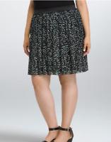Torrid Plus Size 1X Heart Chiffon Pleated Skirt Black White Green