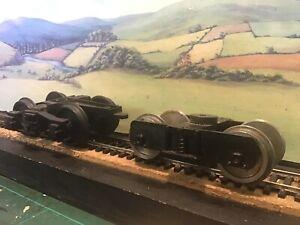 2 bogies 16mm/G scale for 32mm gauge track.