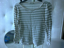 OASIS TOP sz XS - pale olive green and cream flecked - VGC