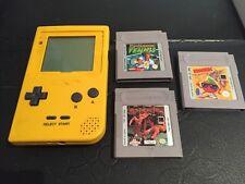 Original Yellow Nintendo Gameboy with 3 Games Tennis Kwirk Pit-Fighter