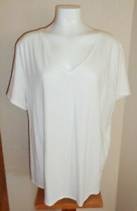 EVRI Women's Plus Size 2X Relaxed Fit White V-Neck Tee Shirt Top