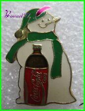 Pin's pins Badge Coca Cola Coke bouteille Bohomme de neige  #H3