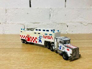 Matchbox Convoy White NASA Low Bed Trailer 1981 Peterbilt Semi Truck Transporter