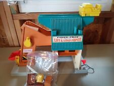 Fisher-Price, Play Family, Lift-N-Load Depot, # 942