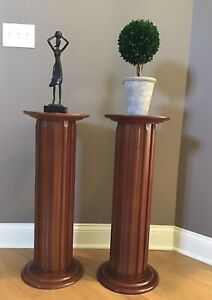 Wood pillar Pedestal Column Stand/Display Table
