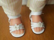 Chaussure sandale blanche fleur poupée les chéries corolle camille clara